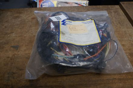Ignition Wire Harness,454 W/Auto Transmission,E-314,New